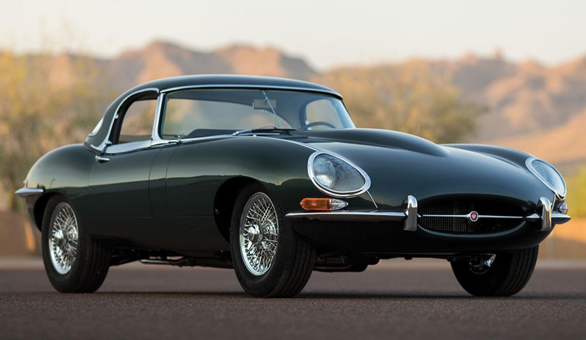 12 Stunning Photos Of A 1965 Jaguar E-Type - Airows