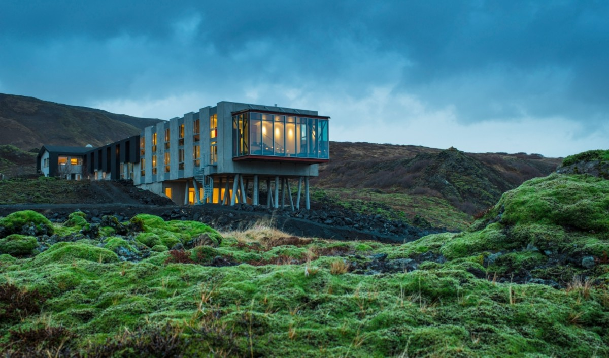 Where modern hotel design collides with iceland 39 s natural for Modern hotel design