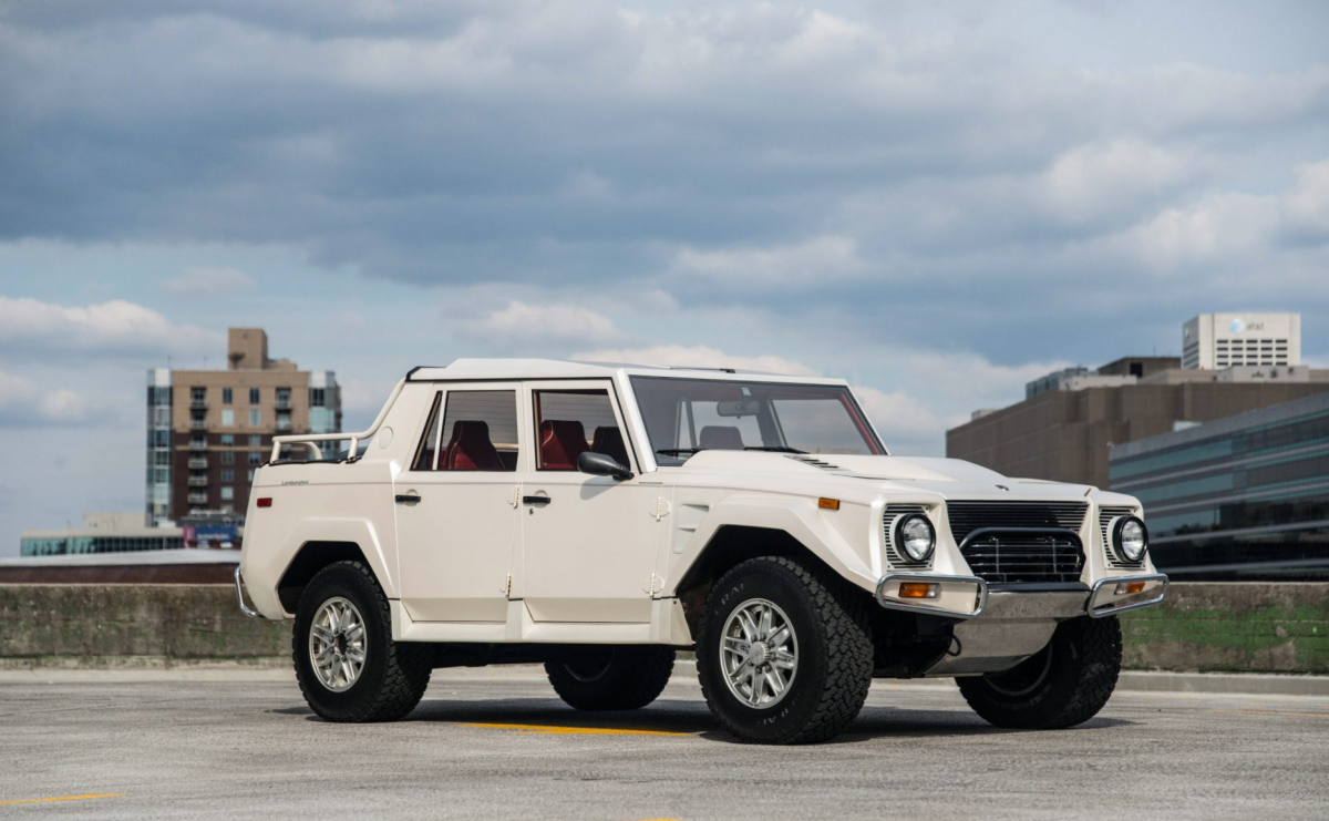 This Lamborghini Suv Makes The Hummer Look Like A Toy Airows