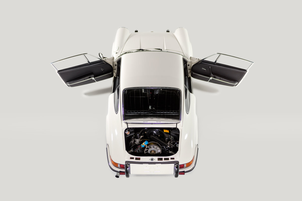 STRAAT Automobile
