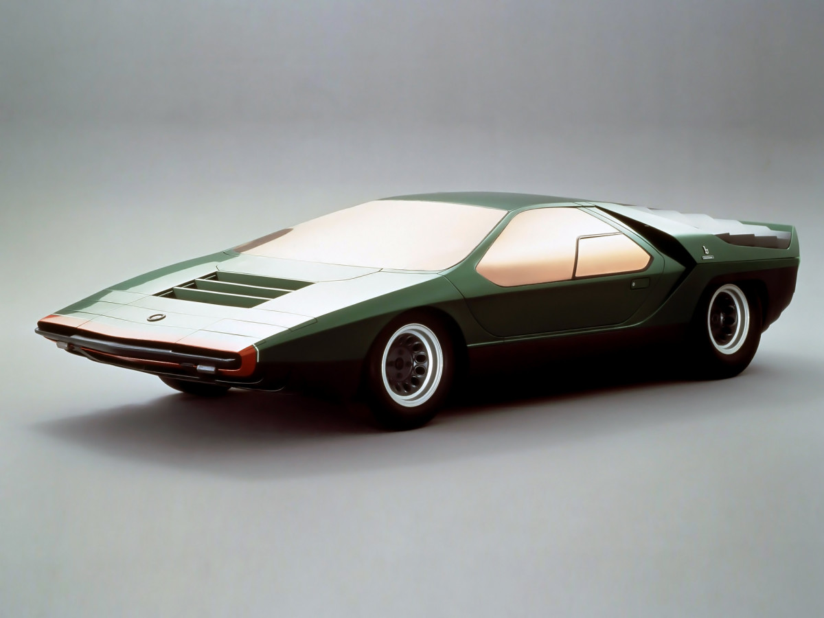 10 Glorious Wedge Cars From The Wildest Space Age Dreams