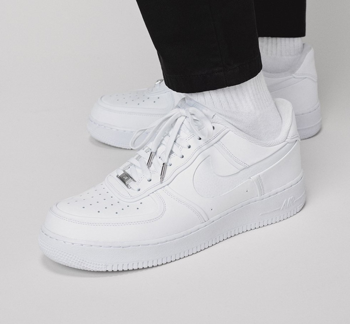 6d43ba255730e Get the Nike x John Elliott Air Force 1s While You Can - Airows