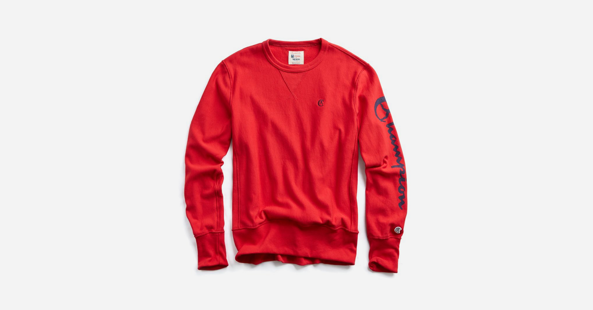 Get Ready for the Holidays With This Vintage-Inspired Champion Sweatshirt
