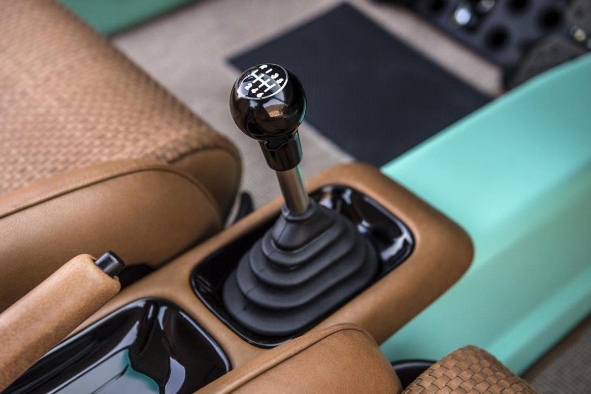 Singer Vehicle Design