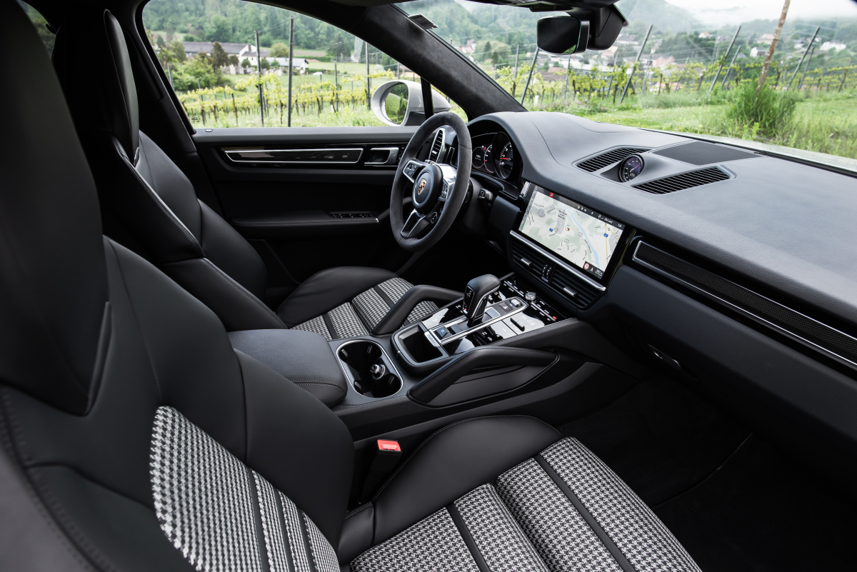 Psa Houndstooth Upholstery Is Available For The New Porsche Cayenne Coupe Airows